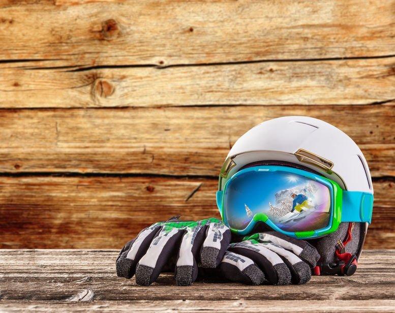 Helmets – Skiing & Snowboarding